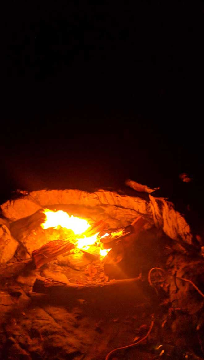 campfire-on-the-island